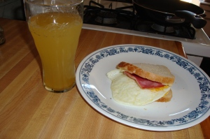 breakfast sandwich juice